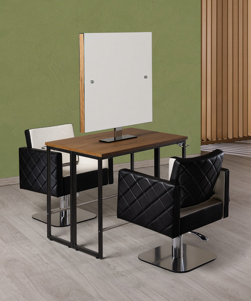 Hairdressing chair: Square+ - Salon Ambience